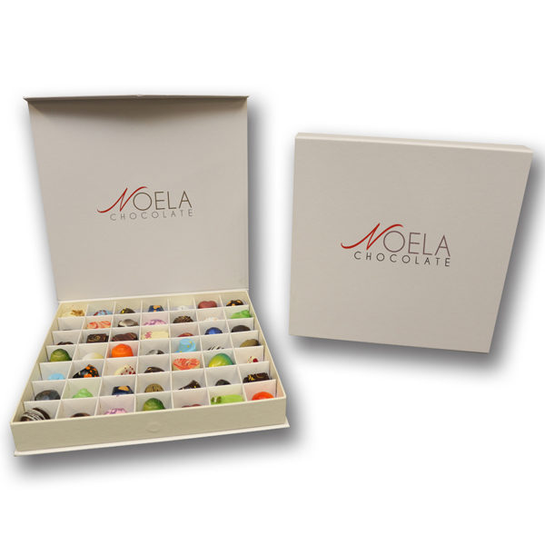 NoelaChocolate-Signature-Box-49-Pieces